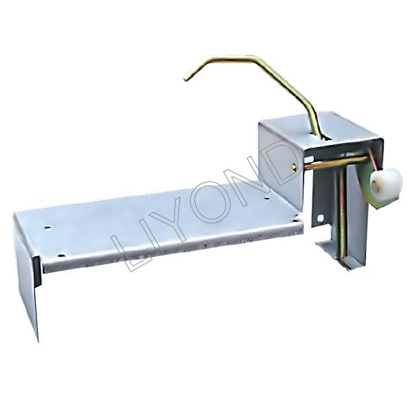 Secondary plug seat interlock mechanism 5XS.573.010