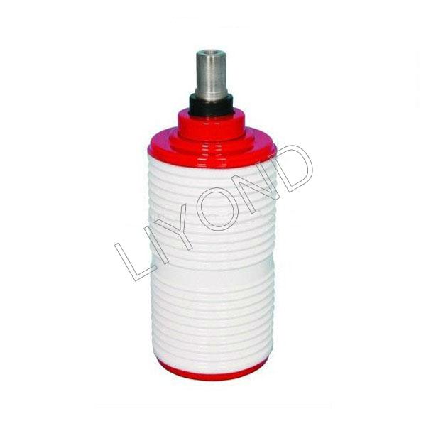 Vacuum interrupter for circuit breaker